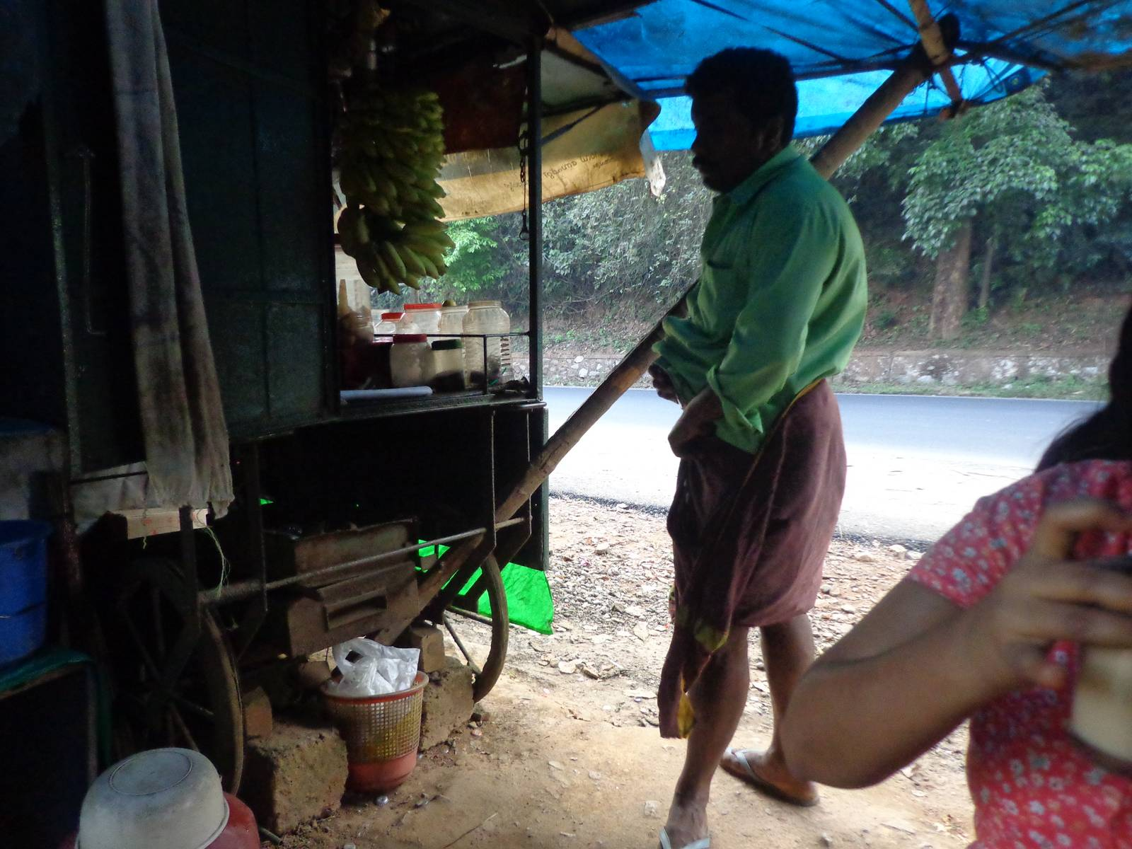 This is the first tea stall after crossing Wayanad District border into Kozhikode.