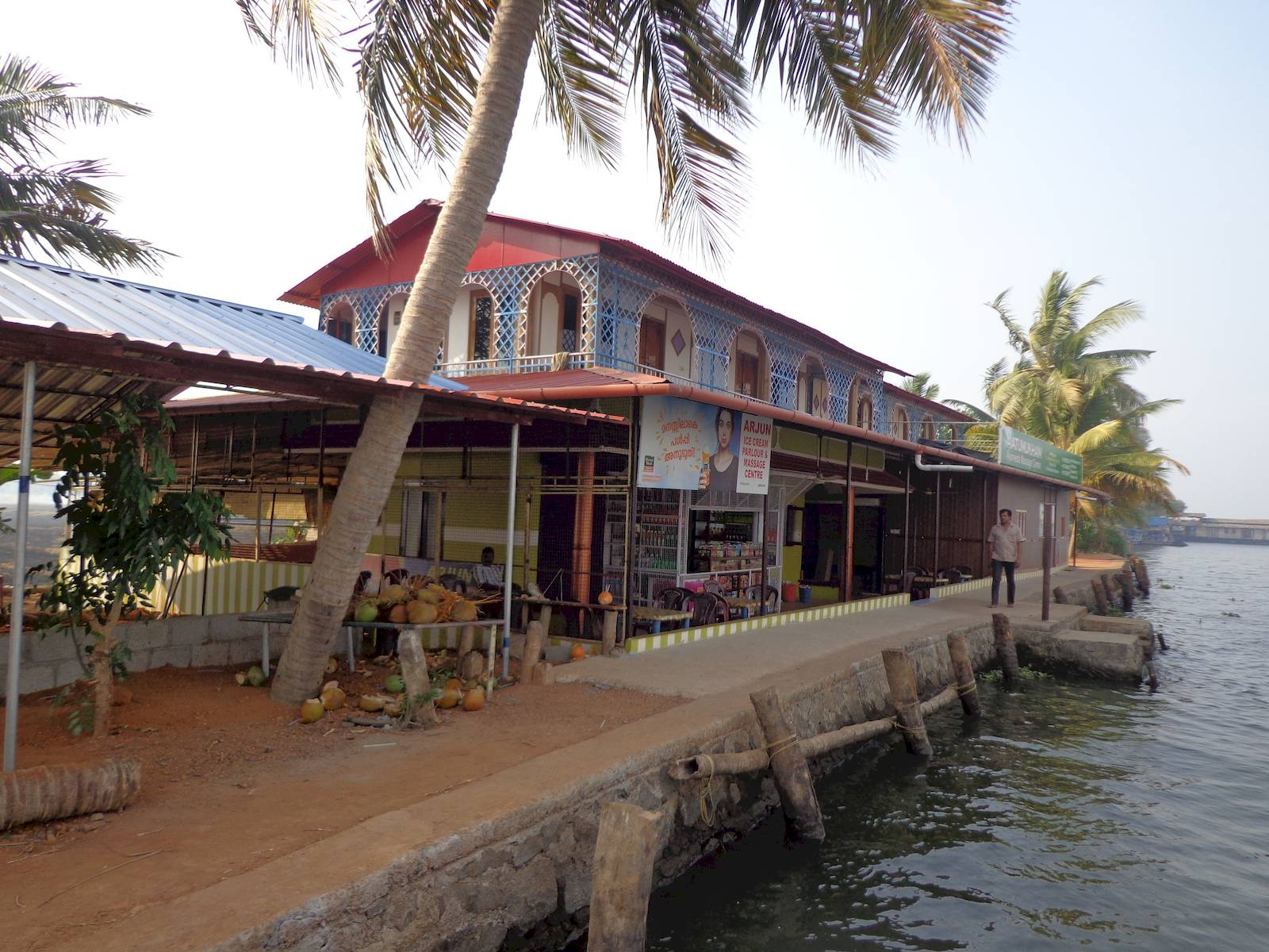 Island restaurants like these offer refreshments to the tourists.