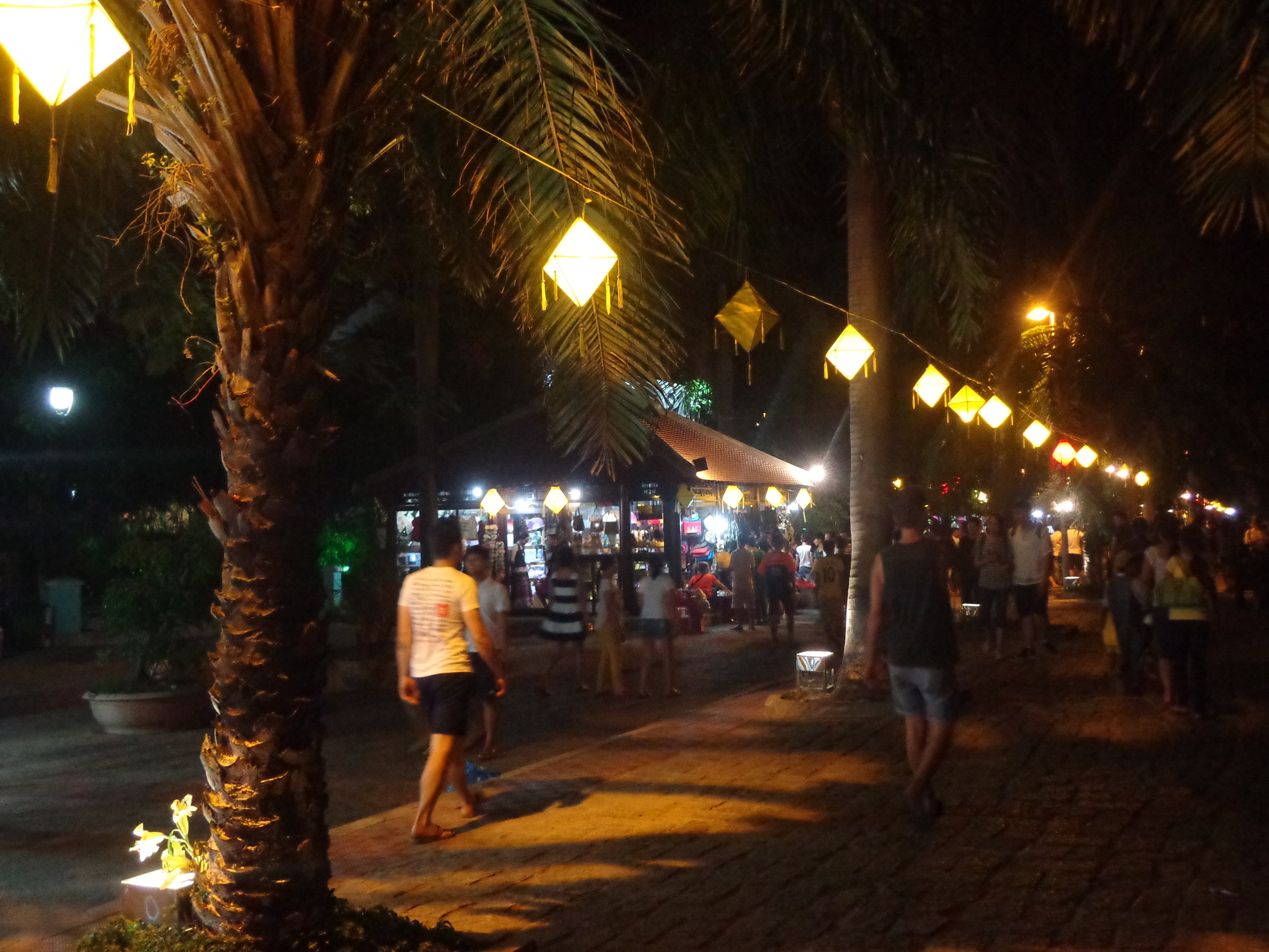 The shopping street beside Perfume river offers souvenirs for tourists.