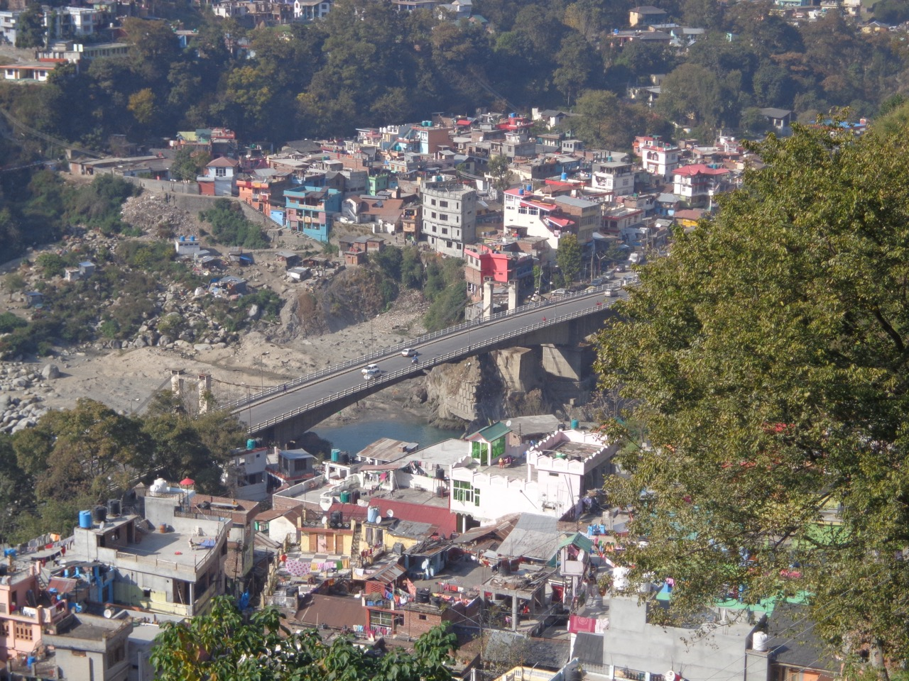 The bridge that the bus took to enter Chamba, as seen from the edge of Chaugan.