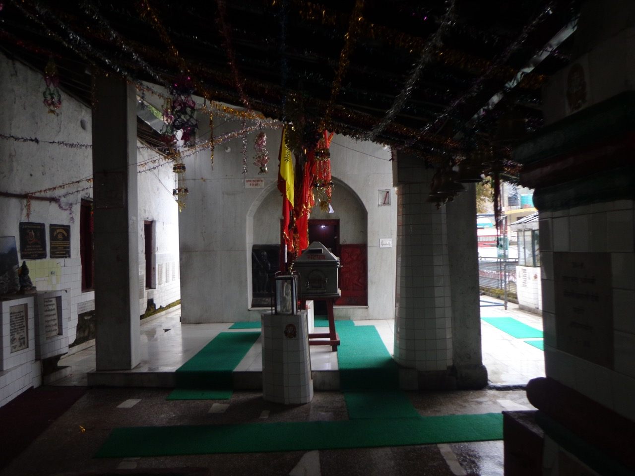 The inside of the temple has smaller rooms dedicated to various gods and sants