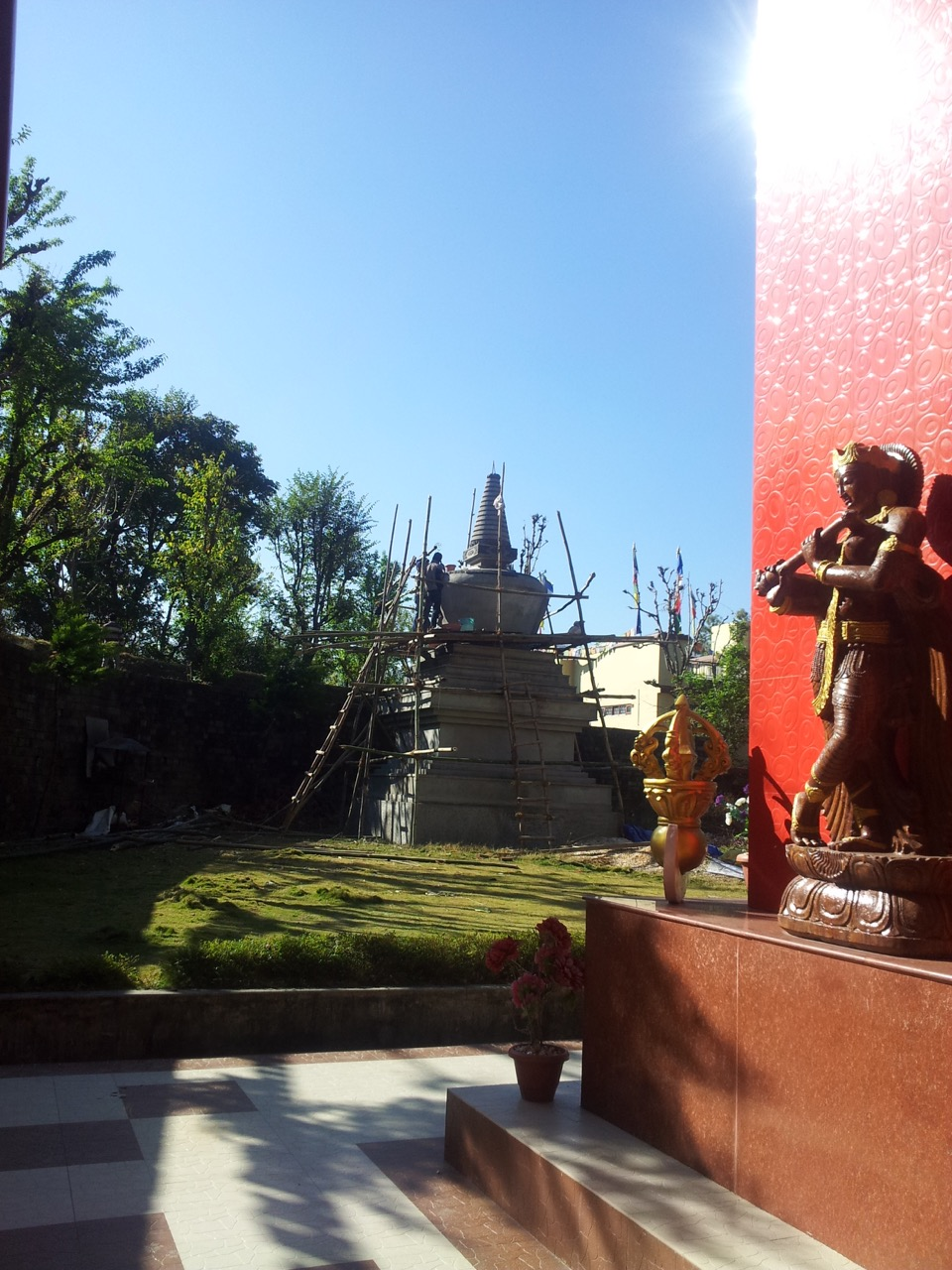 A chorten was under construction in Zangdok Palri.